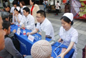 义诊:协和团总支青年志愿者社区送健康